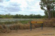 Vorsicht Krokodile-Schild im Lakefield NP auf Cape York