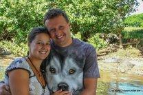 Kati und Falk vor Krokodil bei der Daintree River Cruise